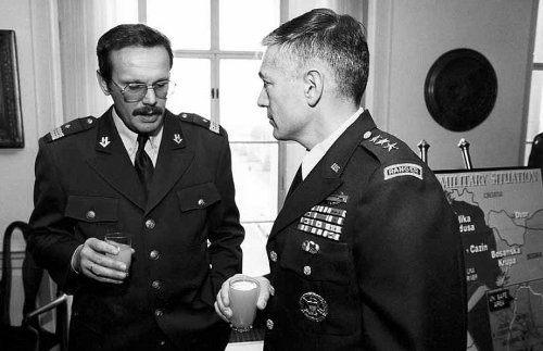 Generals_Cosic_and_Clark_discuss_Bihac_pocket,_Washington_DC,_29_November_1994