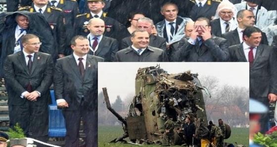 vladimir-putin-aleksandar-putin-ivica-dacic-vojna-parada-kisa-foto-marina-l-1413498556-582186