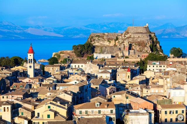 5510_Agios-Spyridon-Old-Town