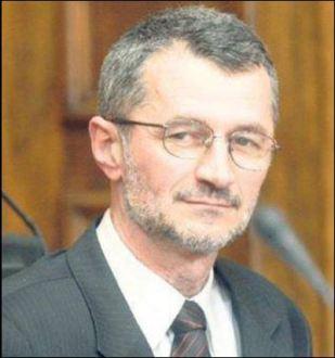 Душан Марић