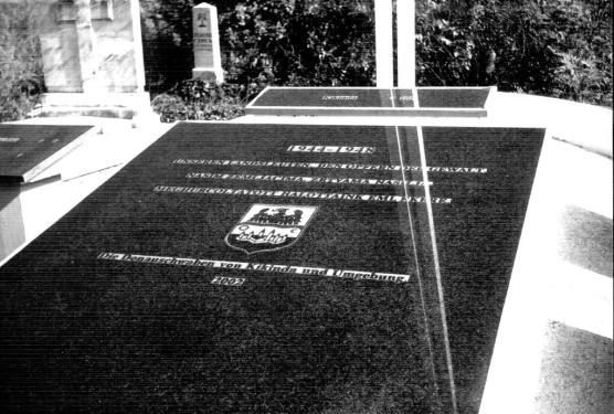 Споменик Фолксдојчерима