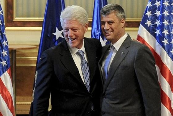 Председник САД Уилијам КЛИНТОН и вођа шиптарских терориста Хашим ТАЧИ