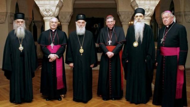 vatikan-i-poslusnici