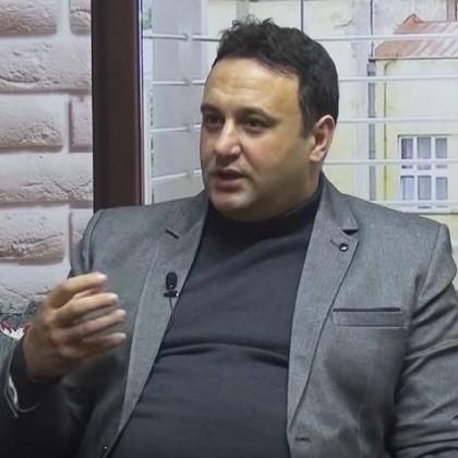 Албански историчар др Олси Јахеџи