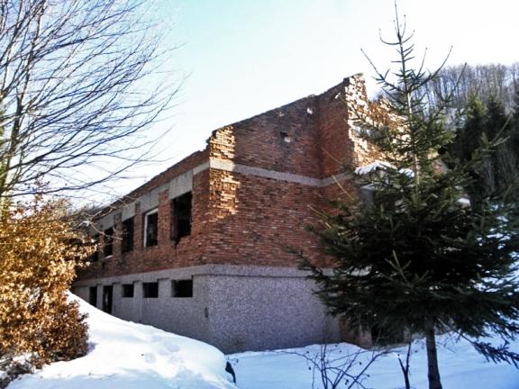 Напуштена зграда карауле Кошаре / Фото: Зоран Влашковић