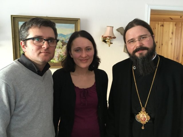 episcopul-ortodox-macarie-dragoi-acasa-la-familia-penticostala-bodnariu-din-norvegia