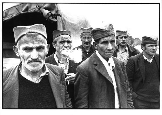Srbi sa Kosova