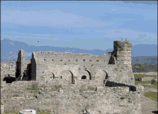 Црква Светог Стефана, 14. век, налази се у централном делу Скадарске тврђаве