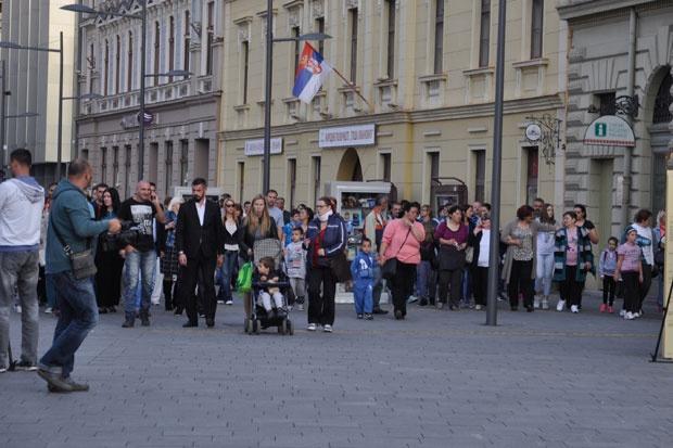 Стотинак Зрењанинаца пружило подршку Љиљани Радуловић, више од 5.000 људи потписало петицију