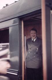 И Хитлер волео возове