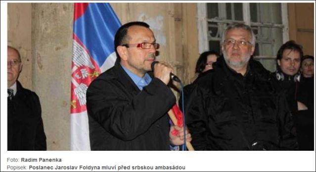 protest-ispred-srpske-ambasade-u-pragu