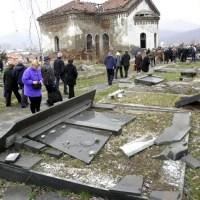 """КМ Новине: На гробљу у Косовској Митровици """"више нема шта да се поруши"""""""