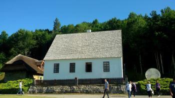 Парохијски дом у Смиљану, данас Музеј Николе Тесле