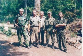 Драгош Калајић са борцима ВРС на положајима око Купреса