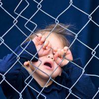 Легализовано отимање деце у Србији – Србијом је завладао страх