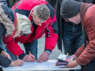 potpisivanje peticije za kosovo je srbsko