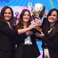 МЕЂУ 54.000 СТУДЕНАТА ИЗ ЦЕЛОГ СВЕТА: Студенткиње из Србије победнице на такмичењу у Лондону