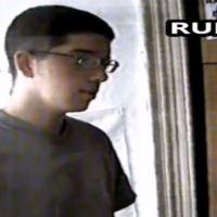Перспективан момак! Видео снимак из 2000. године - дриловање млађаног Марка Ђурића у Отпору