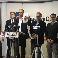 Ево, да мало помогнемо министру полиције Небојши Стефановићу - Представљена Бела књига изборних нерегуларности у Лучанима (видео)
