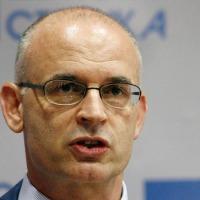 Смењен научник светског гласа – Миодраг Стојковић више није шеф Катедре за матичне ћелије на Факултету медицинских наука у Крагујевцу